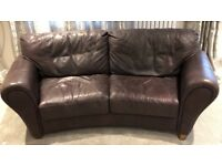 LEATHER 2-SEATER SOFA - CURVED - VERY GOOD CONDITION