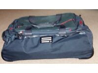 2 Pierre Cardin very light weight holdall style tavel cases. Excellent condition. Telescopic handle