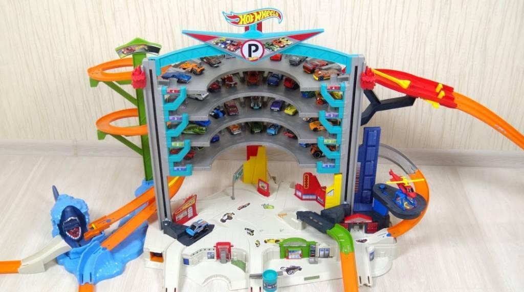 Hot Weels Garage : Hot wheels garage in pencoed bridgend gumtree