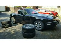 Mazda MX5 mk1 Eunos (Inc Hardtop and 2 sets Wheels)