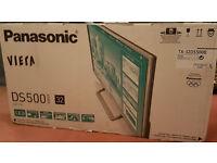 """Panasonic Viera DS500 Series 32"""" LED TV - Brand New - Unopened"""