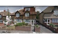 Stunning Large ONE BED FLAT available for quick move - GREENFORD - £1100 All inclusive/MONTH
