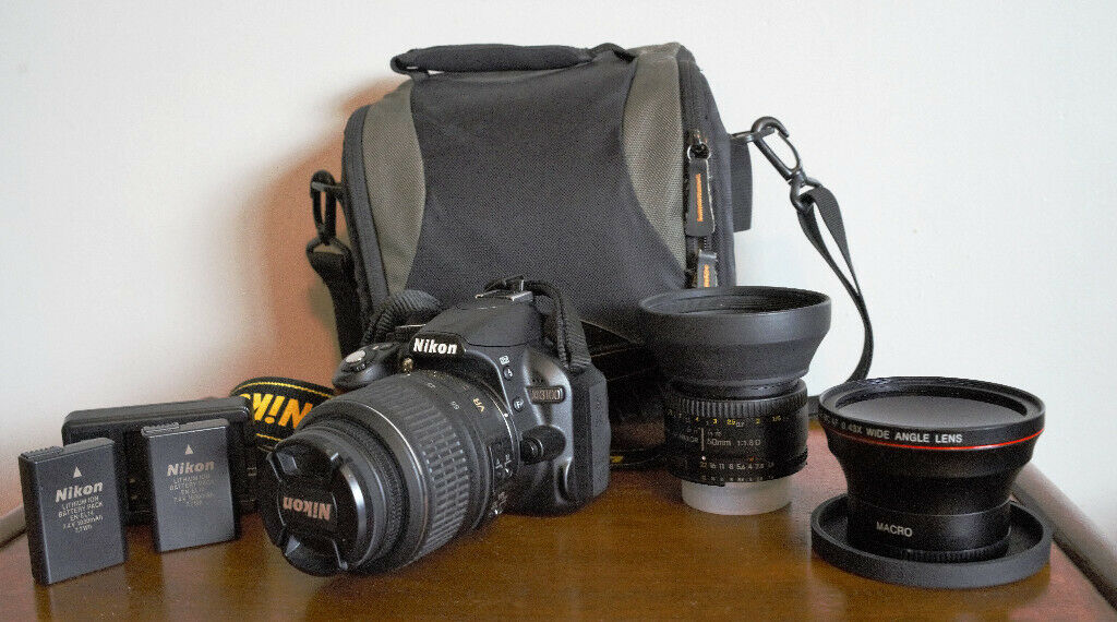 Nikon D3100 - 2 lenses plus extras | in Kings Cross, London | Gumtree