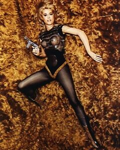 JANE-FONDA-AS-BARBARELLA-FROM-BARBA-Poster-Print-24x20