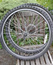 Quick-release MTB wheels
