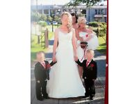 wedding dress 6-8 +free bridesmaid dress