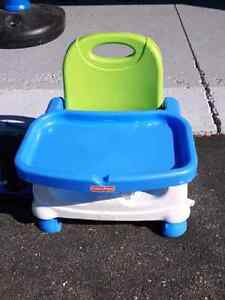 Fisher price Travel booster seat with Tray Kitchener / Waterloo Kitchener Area image 1