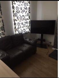 Bedroom for rent Weybridge High Street