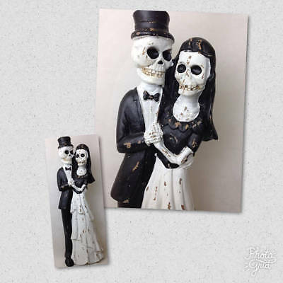 NEW Walking Dead Bride and Groom Wedding Couple Statue Halloween Decor 24