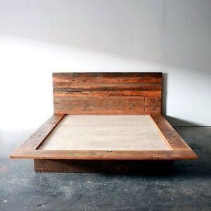 Lit en bois style bois de grange