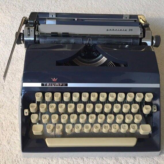 Triumph Gabriele 35 Typewriter & Carry Case - New Ribbon & Serviced