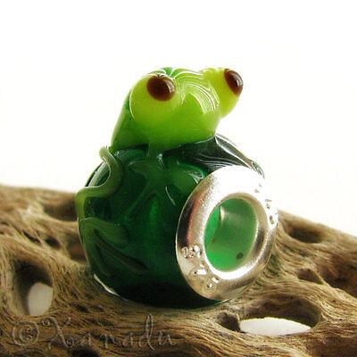 Green Sitting Frog Lampwork Glass Bead For All European Style Charm Bracelets ()