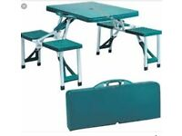 Camping/picnic table