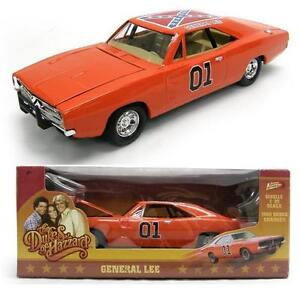 THE-DUKES-OF-HAZZARD-01-GENERAL-LEE-Diecast-Metal-Toy-Car-8-INCHES-LONG-NIB