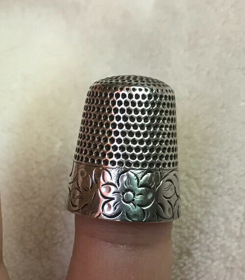 Vintage Waite Thresher Sterling #11 Flower Thimble - FOR BETTY To BUY
