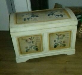 Wooden chest trunk floral design