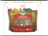 2x Oxbow Western Timothy Hay + hay chew roll