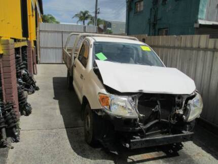 NOW WRECKING 2007 TOYOTA TGN16 HILUX UTE