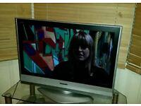 Panasonic viera 32 in lcd tv