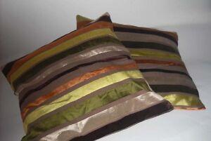 Coppia cuscini arredo righe verde marrone divano soggiorno for Cuscini arredo divano