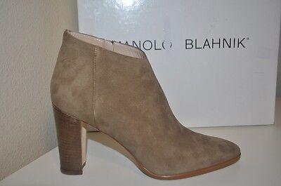 NIB MANOLO BLAHNIK Brusta Low Cut Tan Beige Ankle Bootie Boot Heel Shoe 38.5