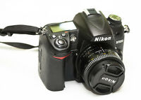 Nikon D7000 camera kit + many accessories