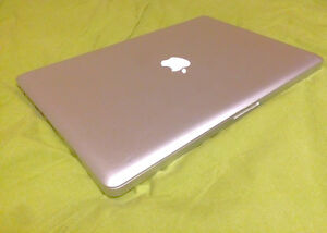 "MacBook Pro 15"" late 2011 Core-i7 2.4 GHz 16GB RAM  275GBSSD"