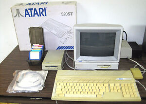 Vintage Atari 520ST Computer with Colour Monitor - working