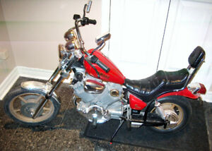 Vintage Virago Yamaha Motorcycle-REPLICA BUILT TO SCALE