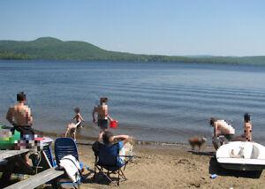Chalet situé bord lac Ouareau, à partager avec coloc, tt incl