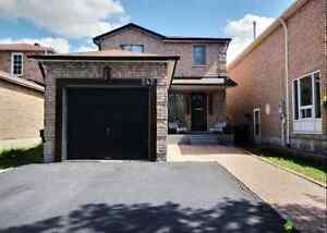 Detached House for Sale in Brampton $559,000- Open House