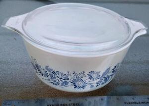 Vintage PYREX COLONIAL MIST WHITE floral Deco MILK Glass 7 1/2 I