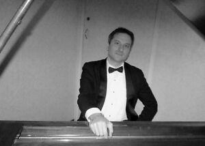 Cocktail Pianist Available for Private & Corporate Events