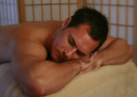 USE YOUR HEALTH BENEFITS AND ENJOY A MASSAGE-MALE RMT