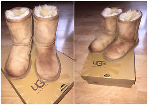 Kids Authentic Classic Tan Ugg Boots - Size 12