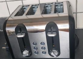 Russell Hobbs 4-slice toaster