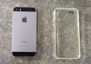 iPhone SE Black 16GB with Rogers/Fido like new condition