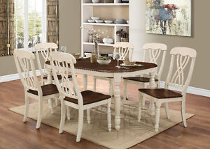 HOMETOWN FURNITURE & MATTRESS- Country Style 7PC Dining Set