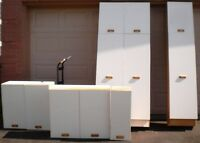 USED KITCHEN CABINETS - FREE- WANT GONE TODAY