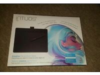 Wacom CTH-690AK-S Intuos Art Pen and Touch Graphics Tablet - Medium, Black