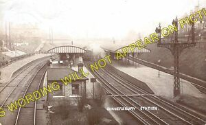 Gunnersbury-Railway-Station-Photo-Acton-to-Kew-Bridge-and-Richmond-Lines-L-SWR