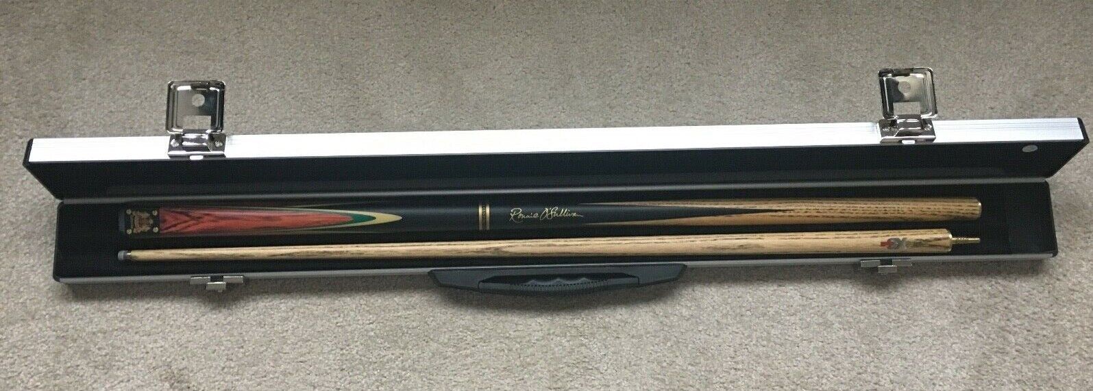 RONNIE O'SULLIVAN BCE CUSTOM HERITAGE COLLECTION SNOOKER CUE WITH METAL CASE