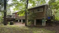 3 BEDRM LAKEFRONT COTTAGE - AUGUST 17TH-23RD SPECIAL $1050.00