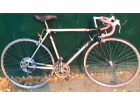 54cm Vintage Raleigh Tempest Road Racing racer Bike. Classic design bicycle
