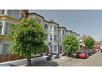 2 bedroom flat in Churchmead Road, Willesden