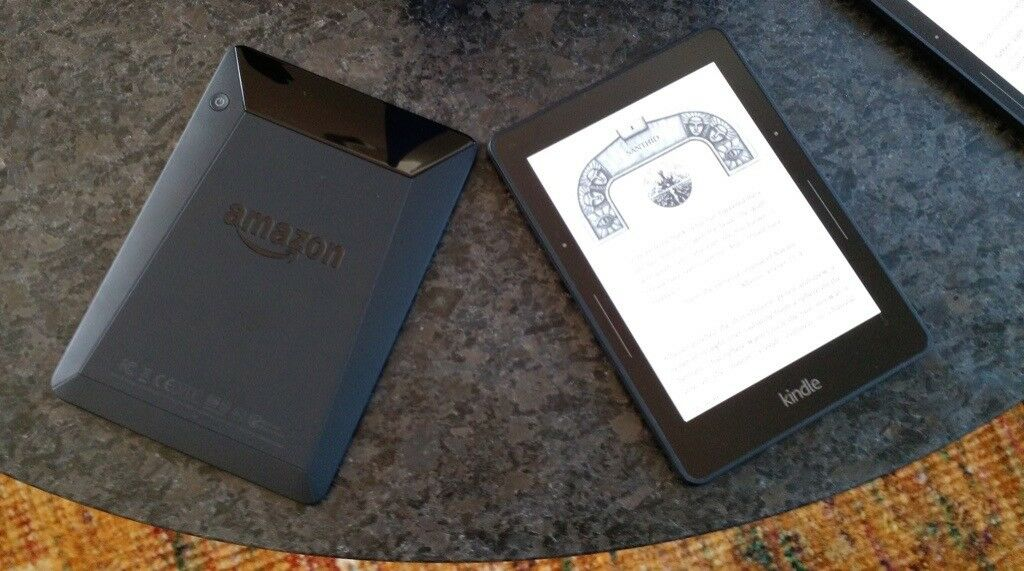 Kindle Voyage (2014, 4Gb, WiFi + Cellular) | in Livingston