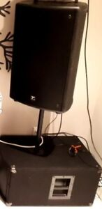 Yorkville ls200p soured subwoofer and a nx55p with stand bar