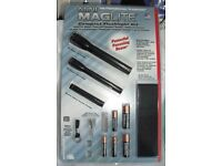 Mini Maglite set of 3 flashlights new