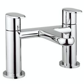 Bathstore Chrome Form Bath Filler Tap