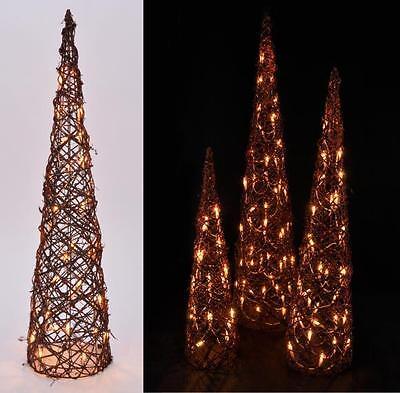 Dekorative Beleuchtung (3 dekorative Rattan-Kegel m Lichterkette braun inkl. Beleuchtung Weihnachtskegel)